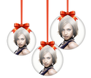 3 Christmas balls on blurred background - Transparent PNG version