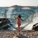 Cristal heart Blurred background