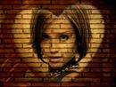 Corazón en la pared de ladrillo