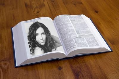 Foto blanco y negro en libro
