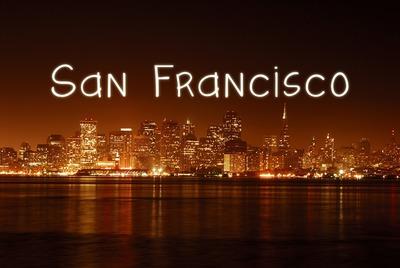 Texto en la ciudad de San Francisco en la noche