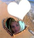 ma maman et moi a la plage <3