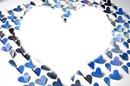 coeurs sur fond de coeurs bleus