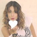 Corazón de Martina Stoessel rosa