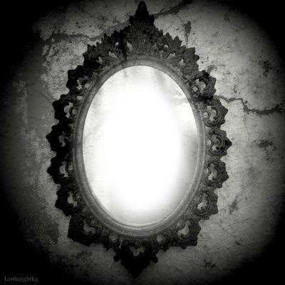 Photo montage miroir baroque ovale pixiz for Miroir argent baroque