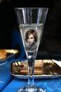 Şampanya kadehi Sahne