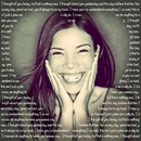Foto em coração ♥ rodeada por sua mensagem personalizada