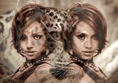 Lustrzane zdjęcie z jaguarem w tle