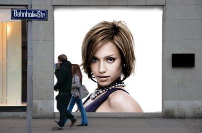 Faza plakata za reklamiranje prozora