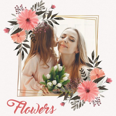 Розовые цветы на золотой раме