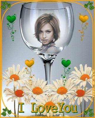 Veidrodėlio stiklas gėlės, aš tave myliu