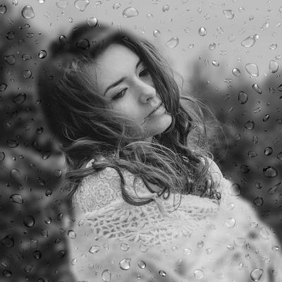 Regndråper på et vindu