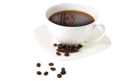 Riflessione in tazza di caffè