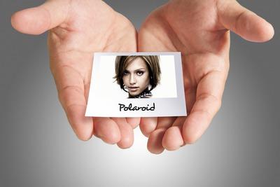 Polaroid dans mains