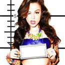 Cher Lloyd et ta photo dans un cadre
