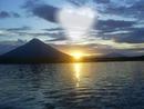 amanecer en el lago san