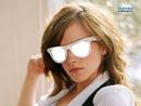 Emma Watson avec ses lunettes de soleil