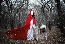 femme avec loup