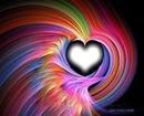 Coração em furacão de arco-íris