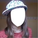 Visage avec casquette
