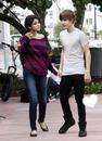 * Selena Gomez et Justin Biber *