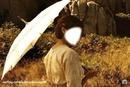 femme a l'ombrelle
