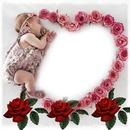 Corazón de rosas y bebe
