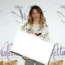 Violetta Paguina:Un sueño a todo volumen-Violetta2