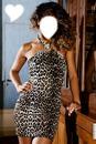 femme tenu léopard