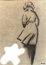 femme sur un mur