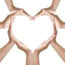 coeur main a plusieurs <3