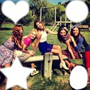 collage : tini,lodo,mechi,cande y vale