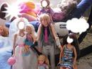 Barbie y su familia en la bodaa.