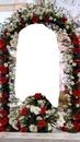 renewilly arco con flores y foto