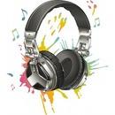 casque audio avec taches de peinture 2 photos