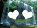 Coeur dans la cascade