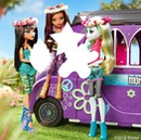 Cleo De Nile, Clawdeen Wolf and Lagoona Blue (monster high the dolls)