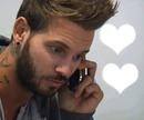 Matt au téléphone