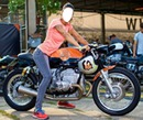 Femme en moto