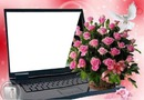 ordinateur avec bouquet de roses  1 photo