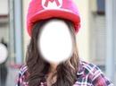 Fille avec chapeau Mario