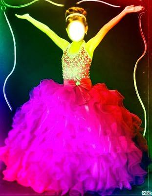 Camille dans sa belle robe