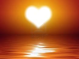 coeur au coucher du soleil