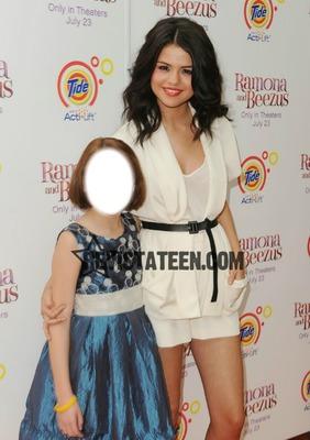 Con Selena Gomez cuando era chiquita!!