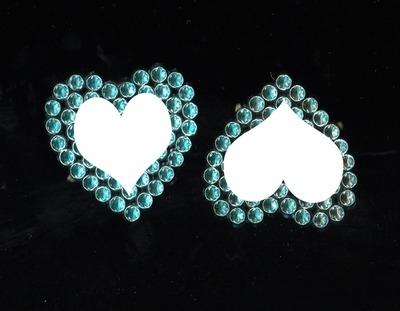 deux photos coeur encadrées dans un bijou