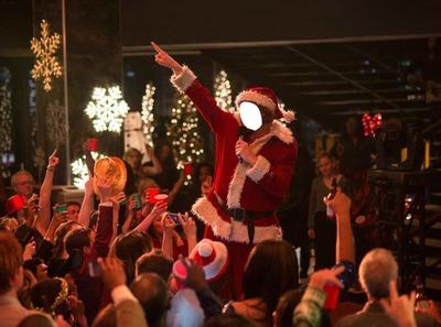 Papa Noël fait la fête