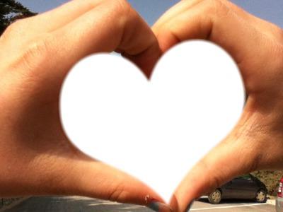 un petit coeur pour toi <3.