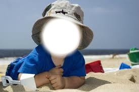 Bébé a la plage