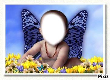 bébé papillon bleu