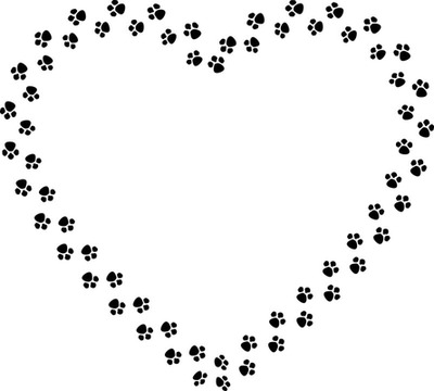 empreintes de pattes noires en forme de coeur 1 photo